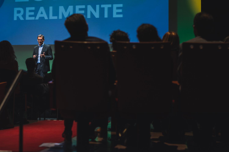 Reportaje de conferencias en Gijón